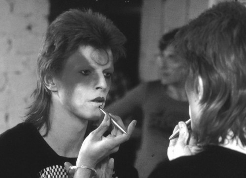 BOWIE1000-500x363